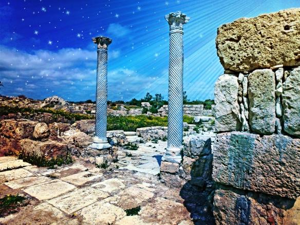 Columns close to Fish Market 1 Salamis_Fotor